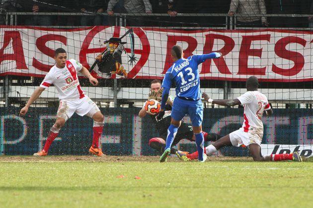 Thébaux, décisif face à Auxerre (24e j : Brest - Auxerre : 1-0)