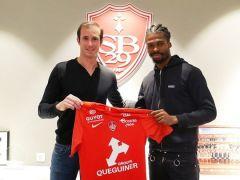 À quelques heures de la fin du mercato, le Stade Brestois a le plaisir d'annoncer le transfert de Jean-Kevin Duverne pour une durée de 4 ans. Le défenseur...